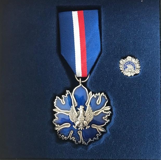 """Srebrny Medal """"Zasłużony Kulturze Gloria Artis"""""""